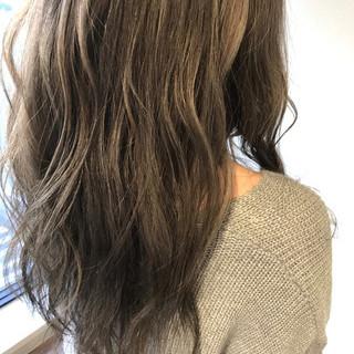 外国人風 ウェーブ ロング 大人女子 ヘアスタイルや髪型の写真・画像