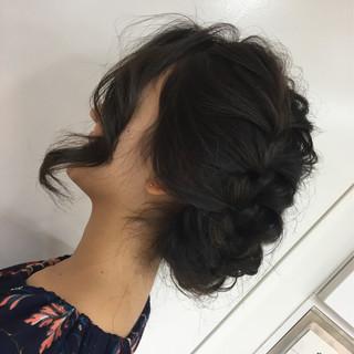 暗髪 ヘアアレンジ 簡単ヘアアレンジ セミロング ヘアスタイルや髪型の写真・画像