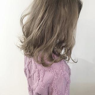 ブリーチカラー ヘアカラー ミディアム 外国人風カラー ヘアスタイルや髪型の写真・画像
