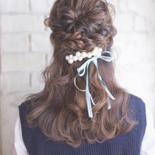 ショート ゆるふわ ヘアアレンジ ハーフアップ ヘアスタイルや髪型の写真・画像