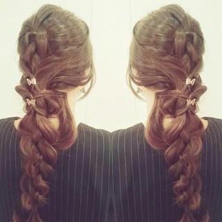 ヘアアレンジ ロング 外国人風 フェミニン ヘアスタイルや髪型の写真・画像 ヘアスタイルや髪型の写真・画像