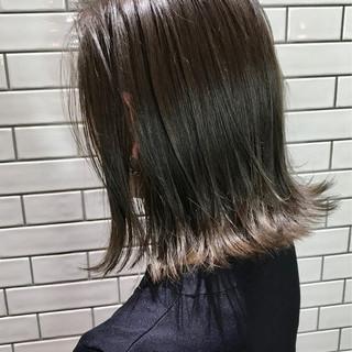 切りっぱなし ハイライト イルミナカラー グレージュ ヘアスタイルや髪型の写真・画像