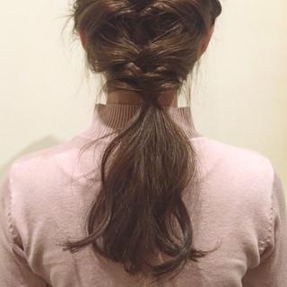 簡単ヘアアレンジ ショート ロング 大人かわいい ヘアスタイルや髪型の写真・画像 ヘアスタイルや髪型の写真・画像
