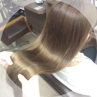 ブラウンベージュ アッシュ グレージュ 外国人風カラー ヘアスタイルや髪型の写真・画像