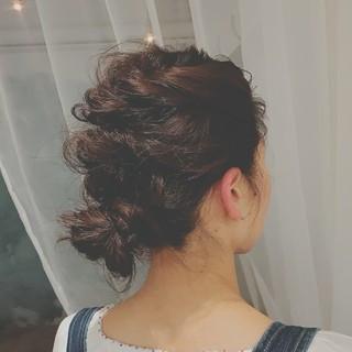 フェミニン ヘアアレンジ デート ゆるふわ ヘアスタイルや髪型の写真・画像