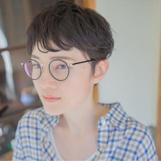 アッシュ 外国人風 パーマ ナチュラル ヘアスタイルや髪型の写真・画像 ヘアスタイルや髪型の写真・画像