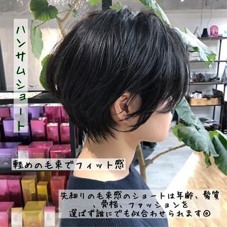ショート オフィス 小顔 ハンサムショート ヘアスタイルや髪型の写真・画像