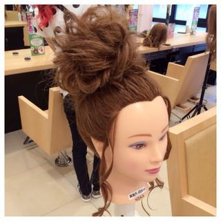ロング ゆるふわ ヘアアレンジ ねじり ヘアスタイルや髪型の写真・画像