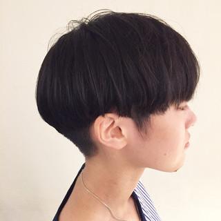 ショートボブ トレンド オシャレ ナチュラル ヘアスタイルや髪型の写真・画像