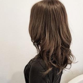グラデーションカラー ナチュラル ハイライト 外国人風 ヘアスタイルや髪型の写真・画像