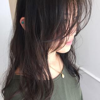 黒髪 暗髪 ウェットヘア ストリート ヘアスタイルや髪型の写真・画像