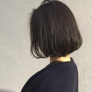 ボブ 切りっぱなし 外国人風 ワンカール ヘアスタイルや髪型の写真・画像