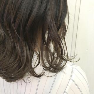 グラデーションカラー アッシュ ベージュ アッシュベージュ ヘアスタイルや髪型の写真・画像