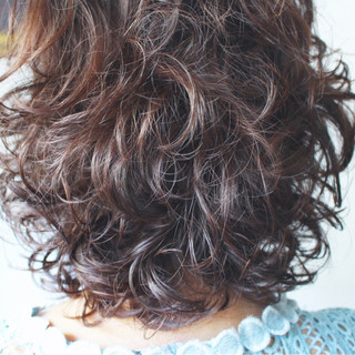 簡単 ナチュラル ゆるふわ パーマ ヘアスタイルや髪型の写真・画像