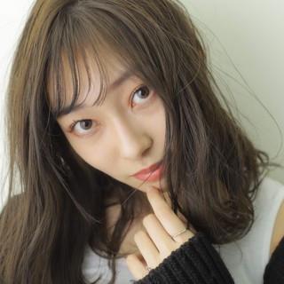 大人女子 大人かわいい 切りっぱなしボブ ミディアム ヘアスタイルや髪型の写真・画像