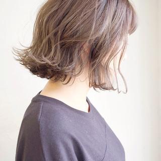 ミルクティー ナチュラル 外ハネボブ ボブ ヘアスタイルや髪型の写真・画像