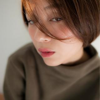 外国人風 色気 小顔 暗髪 ヘアスタイルや髪型の写真・画像
