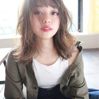 ストリート 外国人風 ハイライト ウェーブ ヘアスタイルや髪型の写真・画像