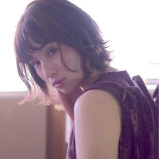 大人かわいい オン眉 ナチュラル 抜け感 ヘアスタイルや髪型の写真・画像