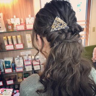 丸口葵さんのヘアスナップ