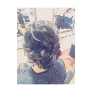波ウェーブ ナチュラル 編み込み まとめ髪 ヘアスタイルや髪型の写真・画像