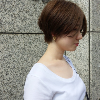 くせ毛風 ショート イルミナカラー ナチュラル ヘアスタイルや髪型の写真・画像