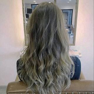 グラデーションカラー アッシュ 外国人風 パンク ヘアスタイルや髪型の写真・画像