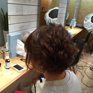 ツイスト 編み込み ヘアアレンジ セミロング ヘアスタイルや髪型の写真・画像