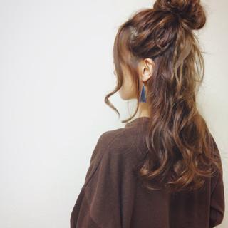 センターパート ショート 外国人風 セミロング ヘアスタイルや髪型の写真・画像