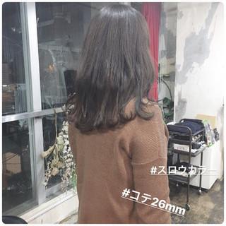 ヘアアレンジ ヘアカラー セミロング グレージュ ヘアスタイルや髪型の写真・画像