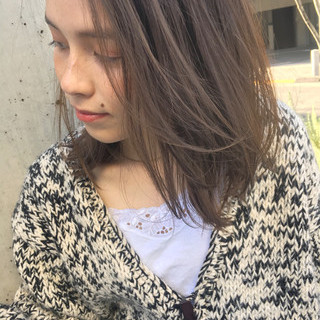 デート 束感 ミディアム ガーリー ヘアスタイルや髪型の写真・画像