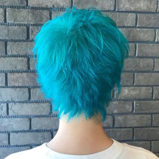 ショート ダブルカラー アウトドア ブリーチ ヘアスタイルや髪型の写真・画像 ヘアスタイルや髪型の写真・画像