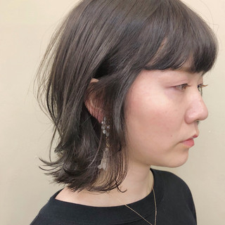 大人女子 ナチュラル 抜け感 グレージュ ヘアスタイルや髪型の写真・画像