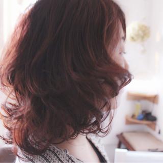 モーブ ハイライト ピンク コンサバ ヘアスタイルや髪型の写真・画像