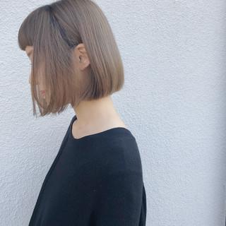 デート ミニボブ ナチュラル ヘアカラー ヘアスタイルや髪型の写真・画像