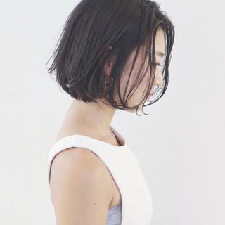エレガント 黒髪 ショート 無造作 ヘアスタイルや髪型の写真・画像