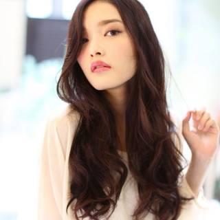 コンサバ 秋 ロング 暗髪 ヘアスタイルや髪型の写真・画像