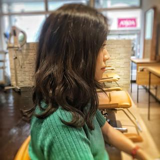 上品 アンニュイ エレガント 波ウェーブ ヘアスタイルや髪型の写真・画像