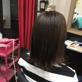 ナチュラル ミディアム ブラウンベージュ ナチュラルベージュ ヘアスタイルや髪型の写真・画像