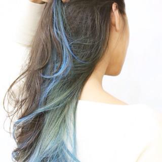 ロング ハイライト 暗髪 ストリート ヘアスタイルや髪型の写真・画像