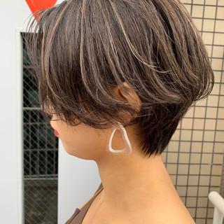 ナチュラル コントラストハイライト ショートボブ ショート ヘアスタイルや髪型の写真・画像