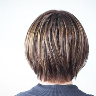 ハイライト 大人ハイライト ナチュラル 極細ハイライト ヘアスタイルや髪型の写真・画像