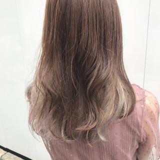 ナチュラル オレンジブラウン デート ミルクグレージュ ヘアスタイルや髪型の写真・画像