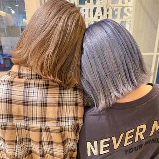 ミディアム ストリート ハイトーンカラー 切りっぱなしボブ ヘアスタイルや髪型の写真・画像
