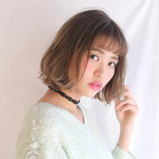 パーマ ミルクティー ニュアンス ミディアム ヘアスタイルや髪型の写真・画像