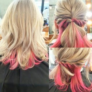 外国人風 ピンク ミディアム ホワイト ヘアスタイルや髪型の写真・画像