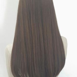 外国人風 アッシュ ロング イルミナカラー ヘアスタイルや髪型の写真・画像