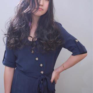 暗髪 ロング 外国人風カラー ダークアッシュ ヘアスタイルや髪型の写真・画像 ヘアスタイルや髪型の写真・画像