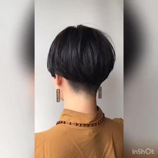 刈り上げ ショート オフィス ゆるふわ ヘアスタイルや髪型の写真・画像