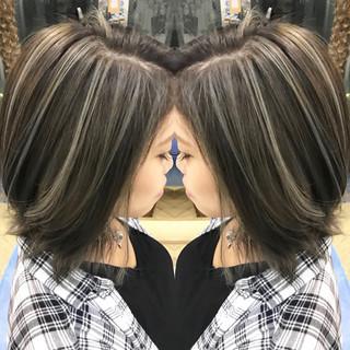 ハイライト ミディアム 外国人風 エレガント ヘアスタイルや髪型の写真・画像
